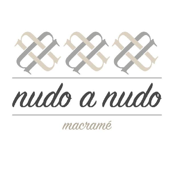 Nudo a Nudo