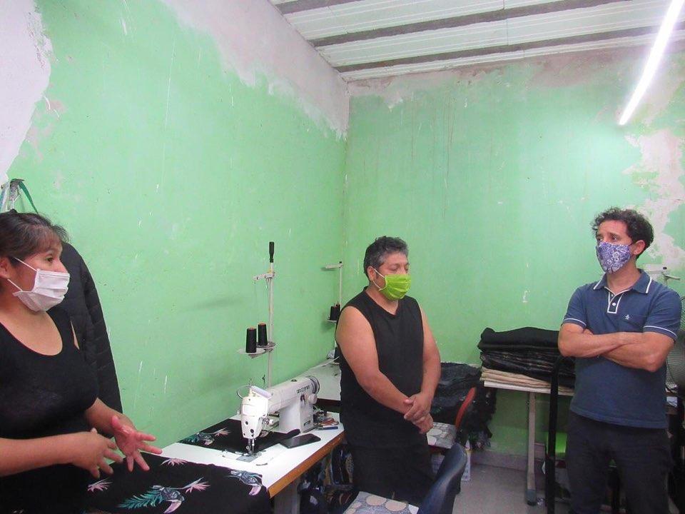 El taller textil de Marina y Antonio